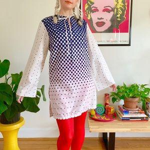 Vintage 70s op art bell sleeve mini dress tunic M
